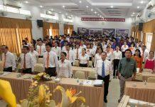 Bế giảng và trao bằng tốt nghiệp